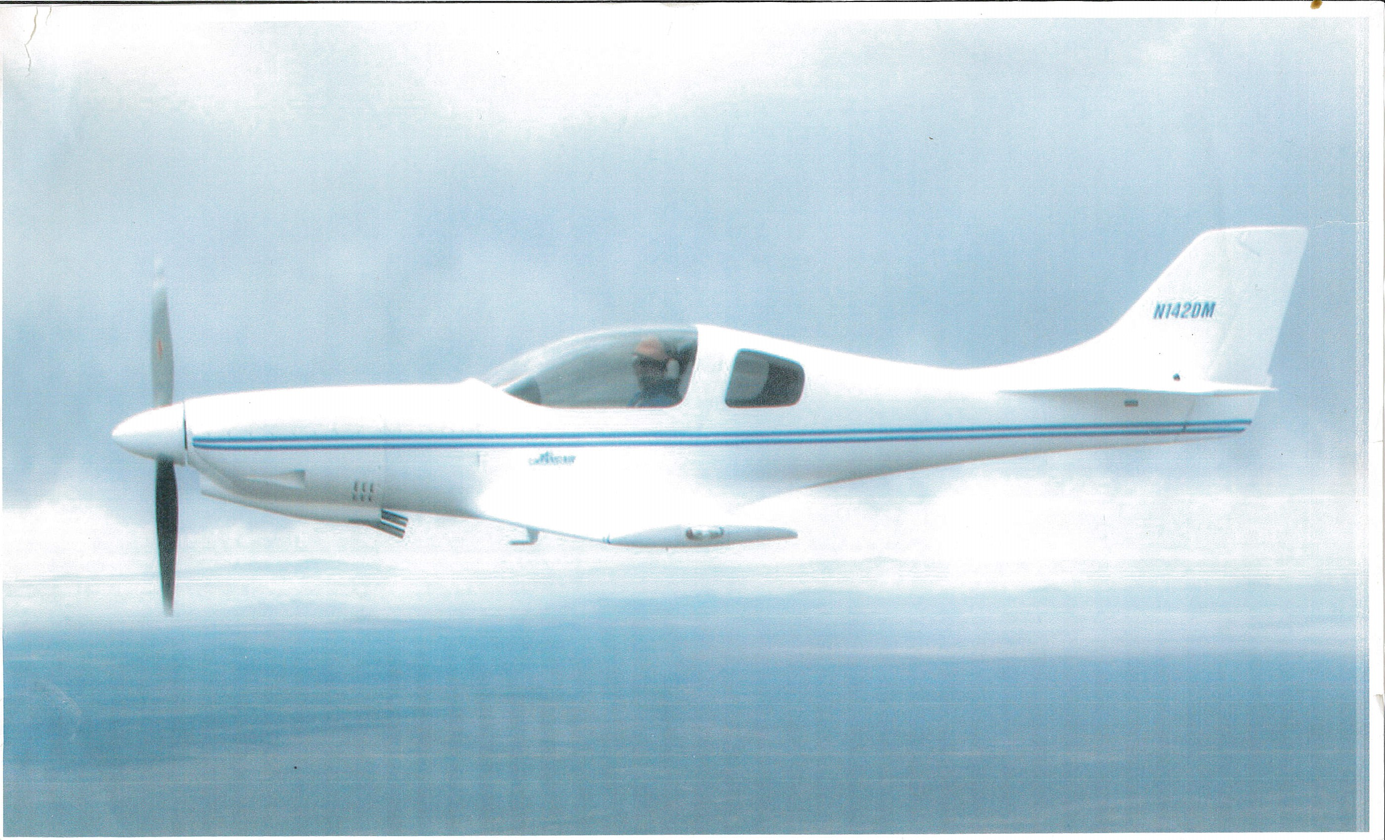 Dick-Mitchell-Lancair320-in-flight