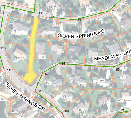 Creekside Easement highlighted in yellow