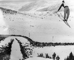 Ecker Hill jumper 1915-1920