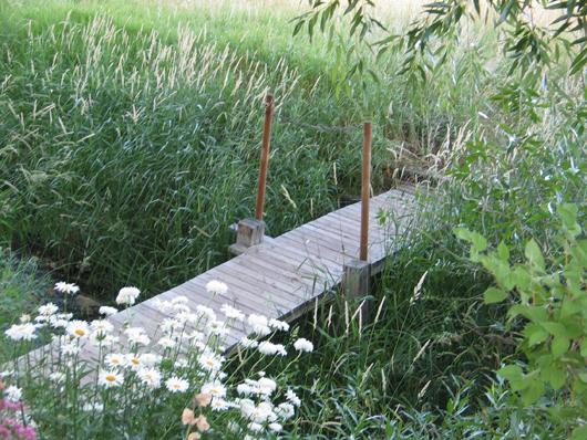 2008 - foot bridge across Willow Creek
