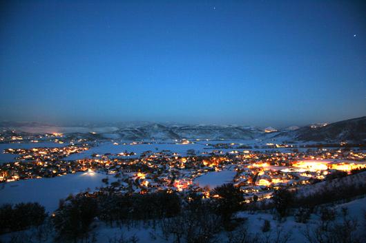 Silver Springs Community at Night - Photo courtesy of Bob Follett