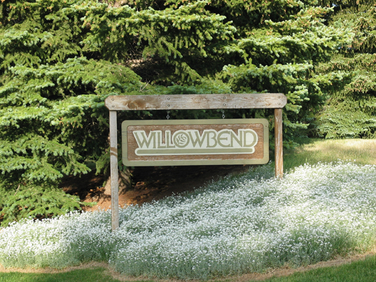 Willow Bend East - entry sign 2008